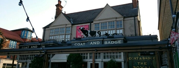 The Coat and Badge is one of London Pubs.