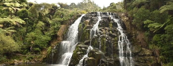 Owharoa Falls is one of New Zealand 🗺⛰🏔🏞🌄🌅🌇🏙.
