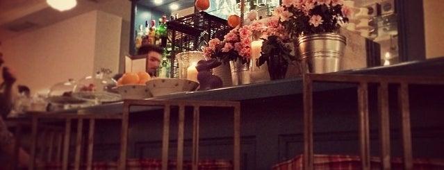 GANZ café bistrot is one of Madrid: Restaurantes +.