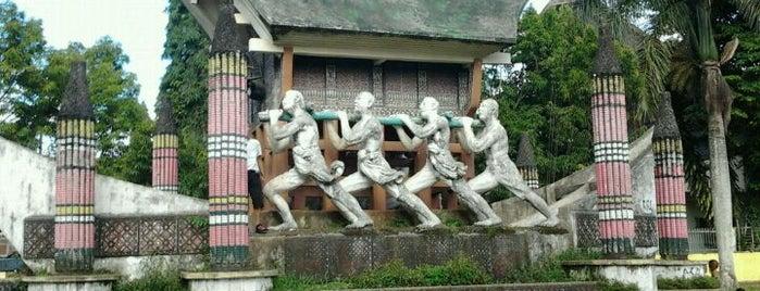 Monumen Pongtiku is one of Museum In Indonesia.