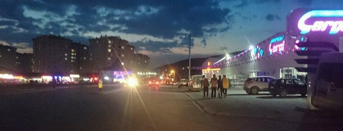 Ayaz Pastanesi Yenikent is one of Posti che sono piaciuti a Cenk.