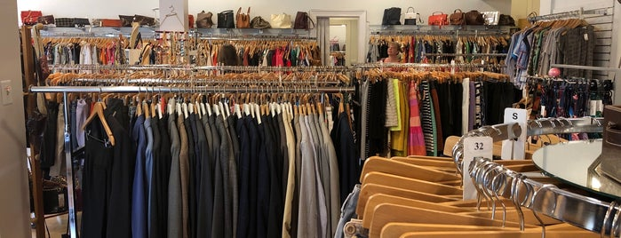 Revolver Consignment Boutique is one of Raleigh Localista Favorites.