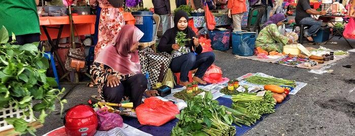 Pekan Sehari Raub (setiap Ahad) is one of Lugares favoritos de Rahmat.