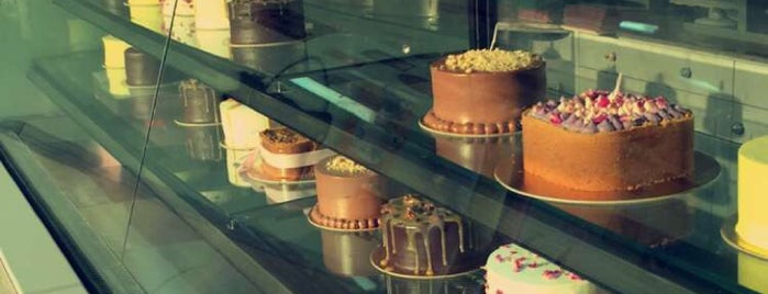 Delish Bakery is one of Riyadh Gathering Food.