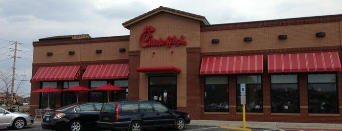 Chick-fil-A is one of Tempat yang Disukai Chrissy.