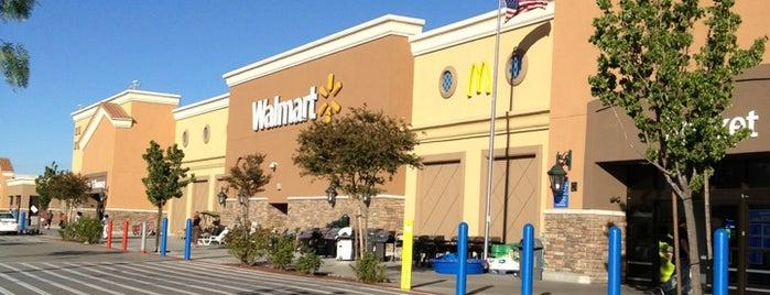 Walmart is one of Posti che sono piaciuti a Arnie.