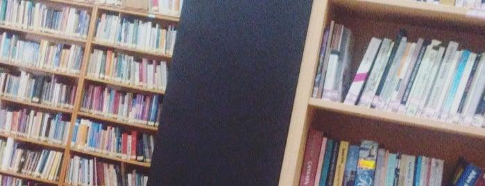 Bayrampaşa Oğuzhan İlçe Halk Kütüphanesi is one of Bayrampaşa Çiçekçi.