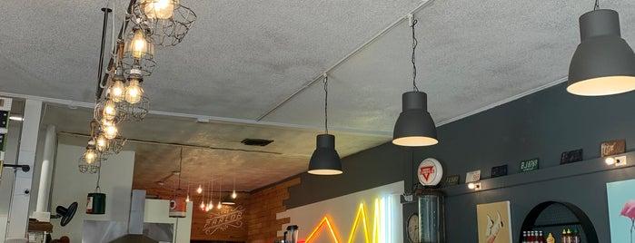 Moab Garage Co is one of Tempat yang Disimpan Max.