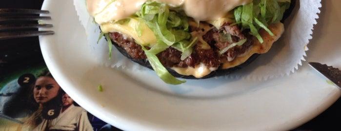 Jeti's Burger & Grill is one of Lieux sauvegardés par Sandra.