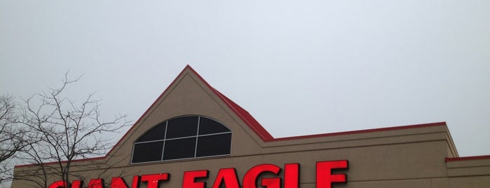 Giant Eagle Supermarket is one of Grocery Stores.