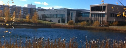 Mount Royal University is one of Jermynさんのお気に入りスポット.