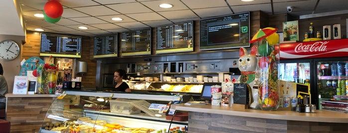 Friture-Cafetaria 't Trefpunt is one of Tempat yang Disukai Dirk.