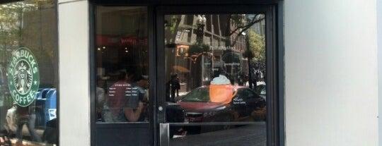 Starbucks is one of Locais curtidos por Darrell.