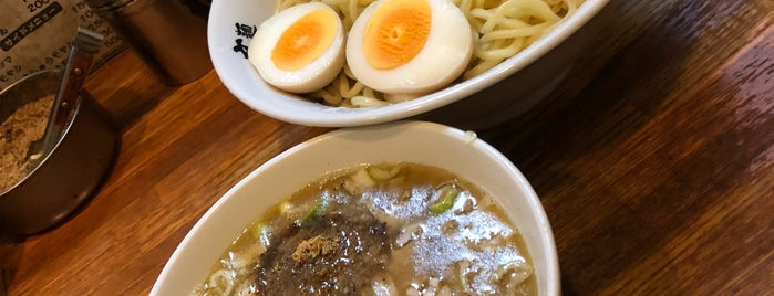 麺 高はし is one of Lugares favoritos de devichancé.