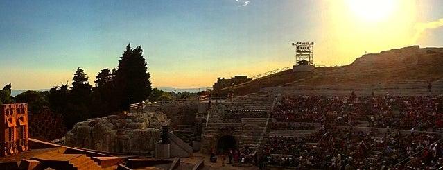Teatro Greco di Siracusa is one of Grand Tour de Sicilia.
