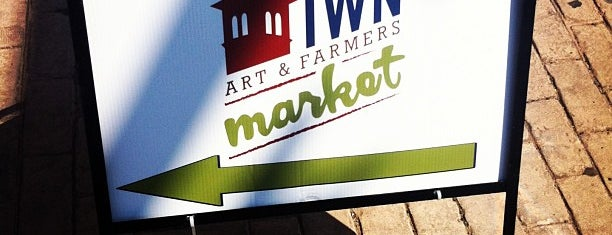 Downtown Art Market is one of Fun.