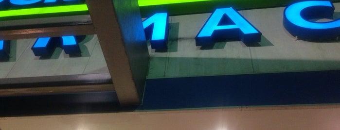 Farmacia San Pablo is one of Lugares favoritos de Alicia.