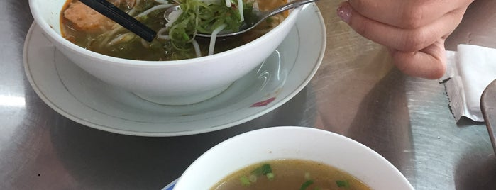 Bún Bò Hạnh is one of vietnam 2016.