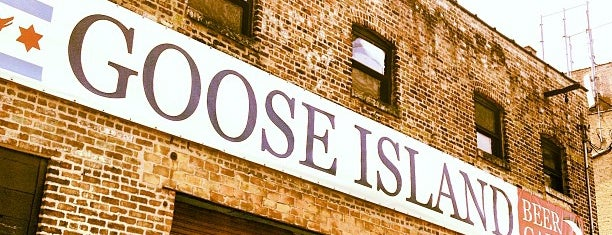 Goose Island Brewpub is one of Drink.