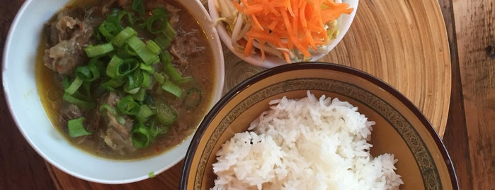 Oriental Soup House is one of Lugares favoritos de Zsuzsanna.