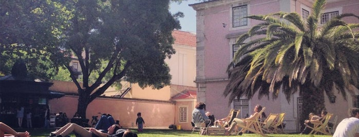 Quiosque Galveias is one of Lisbon where to eat & have fun.
