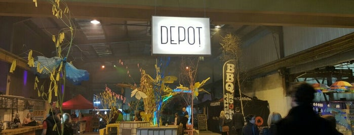 Depot is one of Lugares favoritos de Carl.