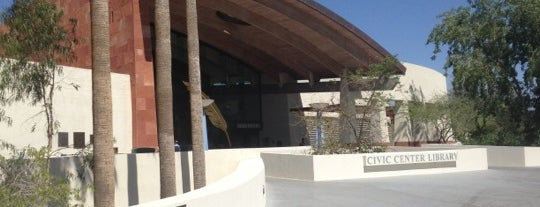 Scottsdale Public Library - Civic Center Library is one of Terressaさんのお気に入りスポット.