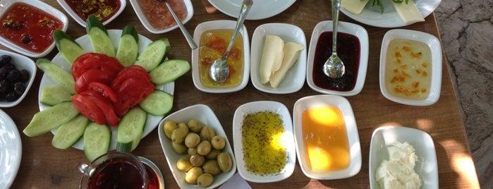 Şirincem Pansiyon - Restoran is one of Yılmaz : понравившиеся места.