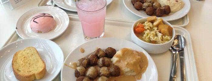 IKEA Restaurant & Cafe is one of Tempat yang Disukai Alex.