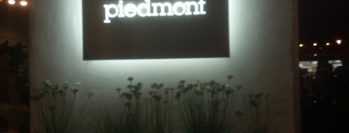 Piedmont Restaurant is one of Lieux sauvegardés par Simal.