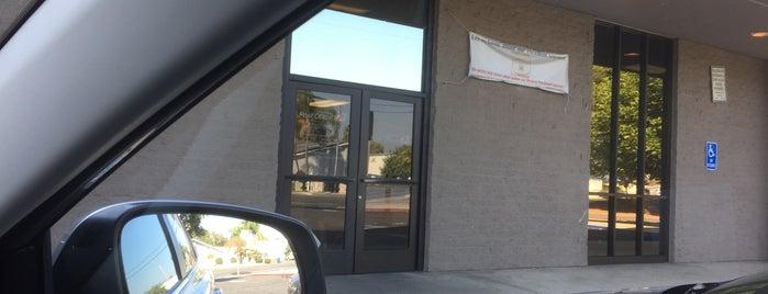 US Post Office is one of สถานที่ที่ John ถูกใจ.