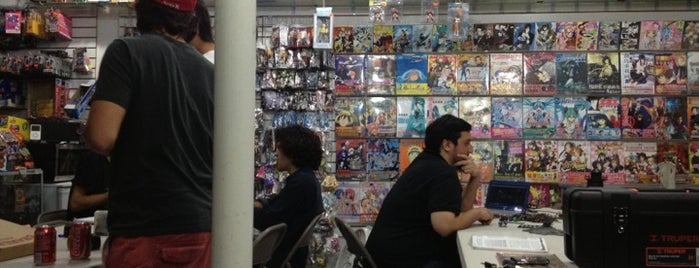 Monterrey Comics is one of Lieux sauvegardés par Karla.