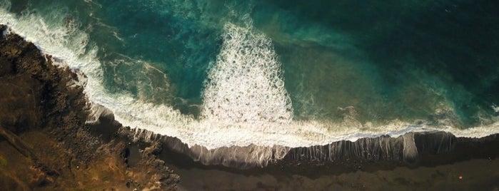 Playa de Janubio is one of Qué visitar en Lanzarote.
