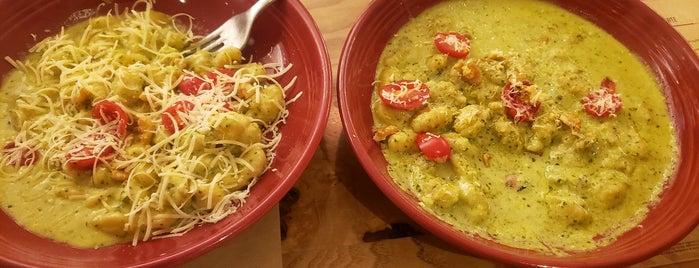 Abbraccio Cucina Italiana is one of Tempat yang Disukai Fabiana.