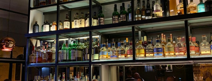 GoodSpirit Whisky & Coctail Bar is one of Budapest.