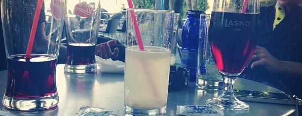 Plavi bar is one of #pajzlspotting.