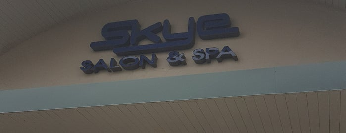Skye Salon and Spa is one of GaryFunk'un Beğendiği Mekanlar.