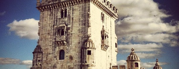 Torre de Belém is one of Lisbonne.