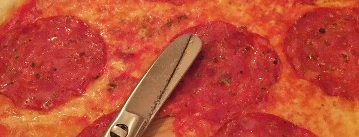 Trattoria Pizzeria 6611 is one of Frankfurt.