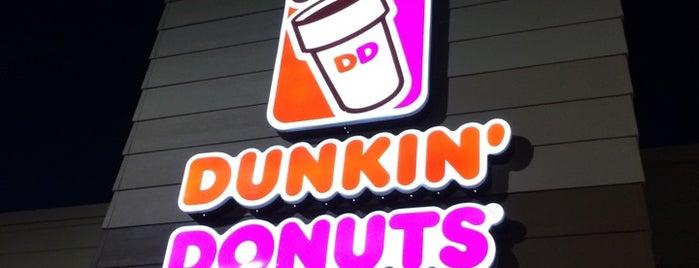 Dunkin' is one of Tempat yang Disimpan La-Tica.