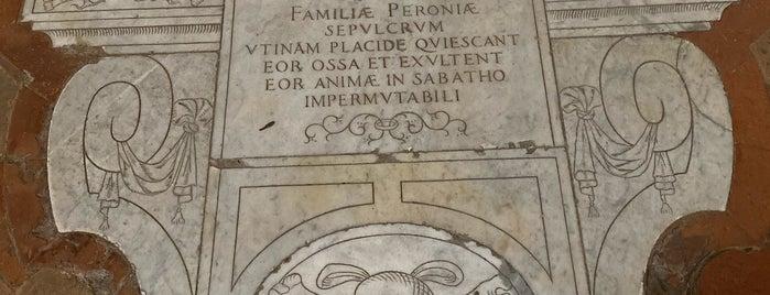 Piazza Sant'Agostino is one of Lugares favoritos de Ico.