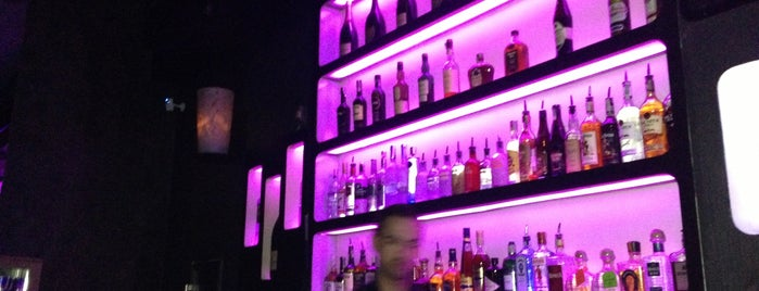 M1 Lounge Bar & Club is one of Прага.