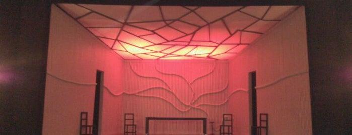 Teatro Regina Tsu is one of Teatros de Buenos Aires.