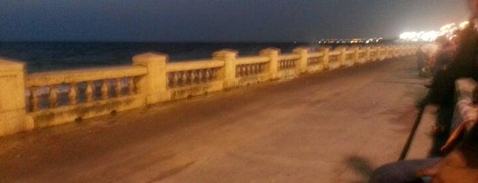 Jeddah Corniche is one of สถานที่ที่ Bandder ถูกใจ.