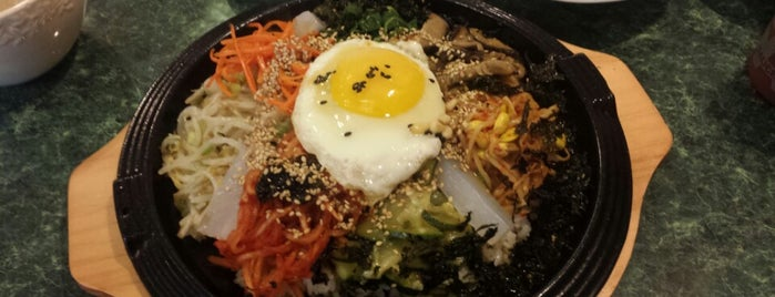 Seoul Korean Restaurant is one of Latonia's Liked Places.