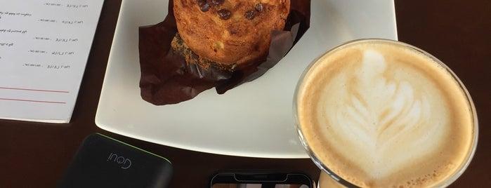 illy Caffè is one of สถานที่ที่บันทึกไว้ของ Fatema.