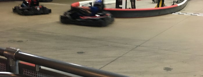 K1 Speed Buffalo Grove is one of Tempat yang Disukai Chris.
