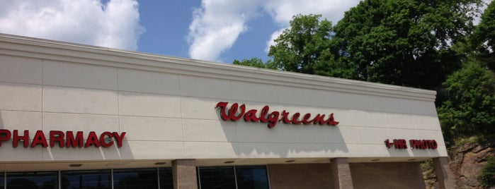 Walgreens is one of Pablo 님이 좋아한 장소.