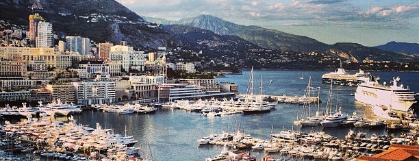Port Hercule de Monaco is one of Orte, die Michele gefallen.