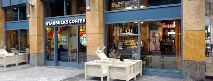 Starbucks is one of SoulMaiteさんのお気に入りスポット.